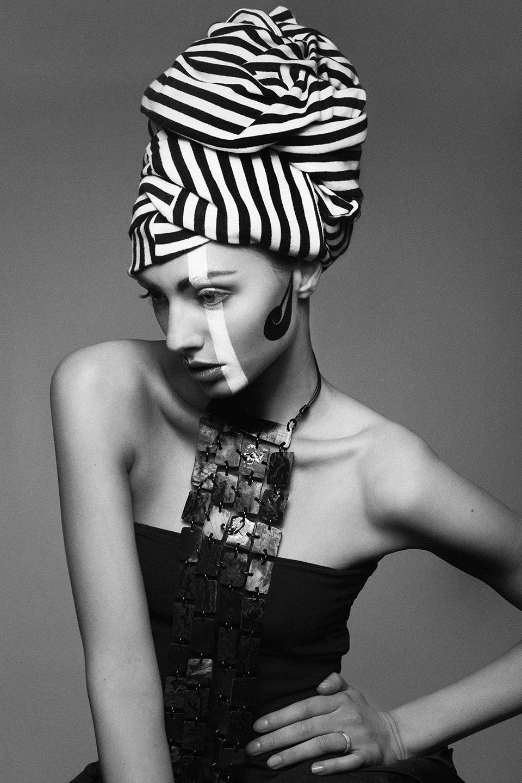 Stripes - beauty story for The Storm Magazine - Galli / Trevisan photographers